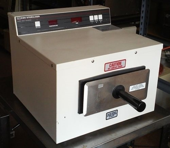 Picture of Cox Fast Dry Sterilizer Reconditioned White
